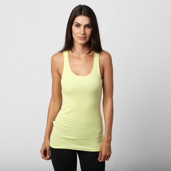 2cf91940b0 Camiseta Regata Under Armour HG Alpha Feminina - Verde claro ...