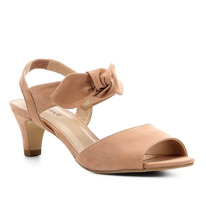 c9572ef208 Sandália Couro Shoestock Nobuck Salto Baixo Laço Feminina