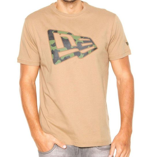 797914ccce Camiseta New Era Camu Militar - Bege - Compre Agora