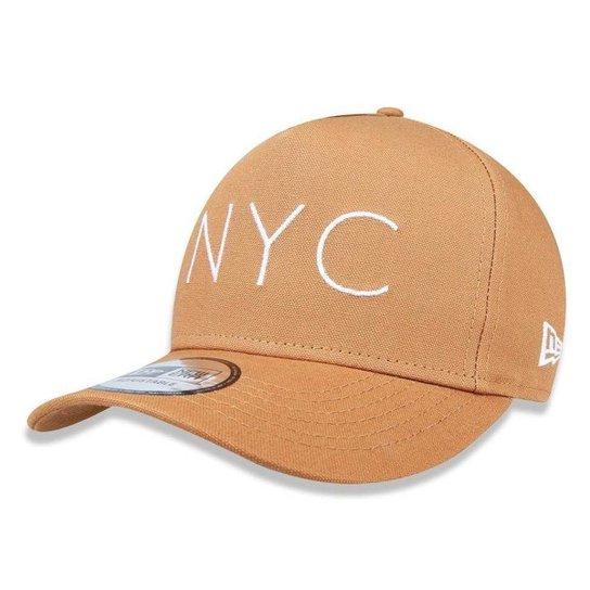 513f474fa Boné New Era 940 NYC New York City - Bege - Compre Agora