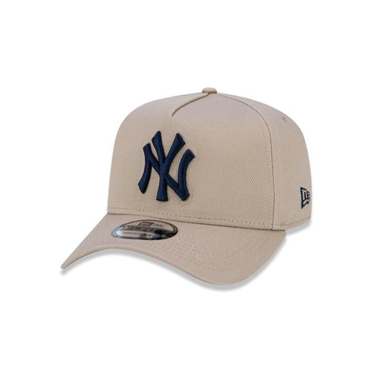 323e426a6a706 Boné 940 New York Yankees MLB Aba Curva Snapback New Era - Bege ...