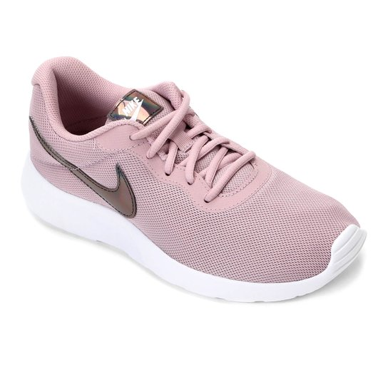 48d7e0aa798 Tênis Nike Tanjun Feminino - Rosa Claro - Compre Agora