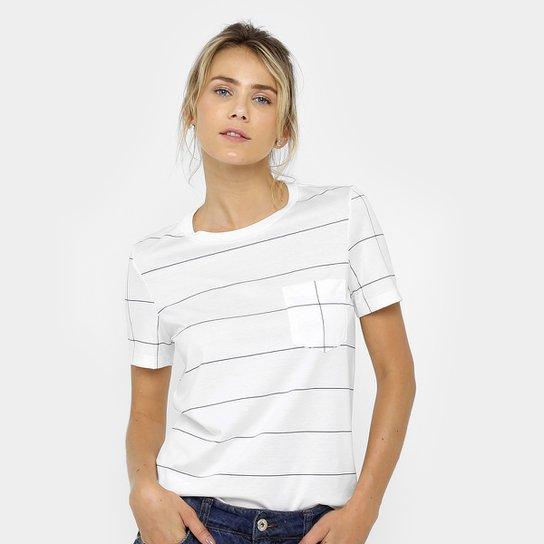 Camiseta Lacoste Quadriculada Feminina - Compre Agora   Netshoes eb7c3039a6