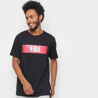 Camiseta NBA EST New Slide Logo Masculina 657aba8f0d894