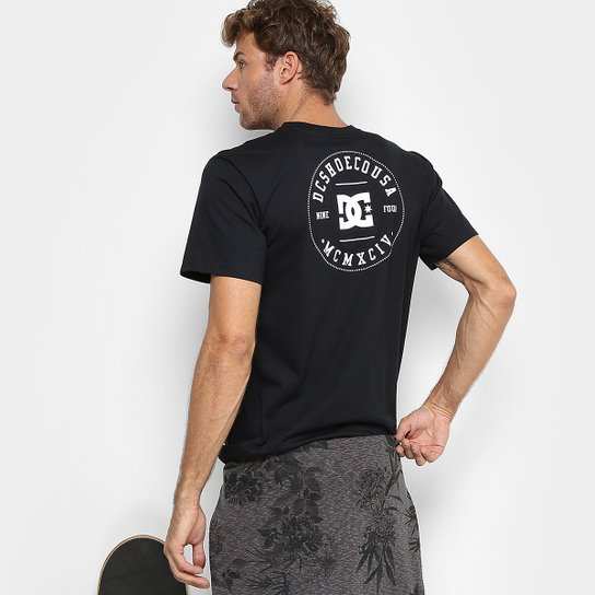 e37eba8007 Camiseta DC Shoes M C Nine Four Masculina - Compre Agora