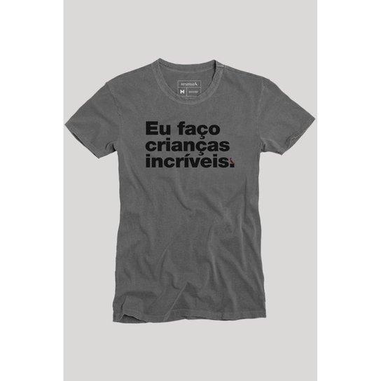 1780d61ac53ee Camiseta Faço Crianças Incríveis Reserva Masculina - Preto - Compre ...