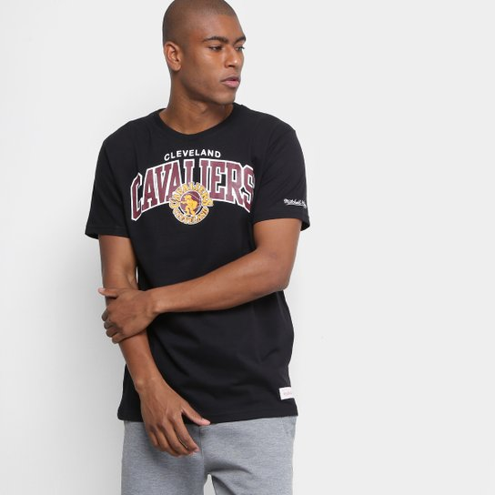Camiseta NBA Cleveland Cavaliers Mitchell   Ness Team Masculina - Preto a2cd0e141b483