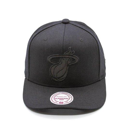 2c5da1bfd07 Boné Mitchell   Ness Flex NBA Miami Heat Snapback - Preto - Compre ...