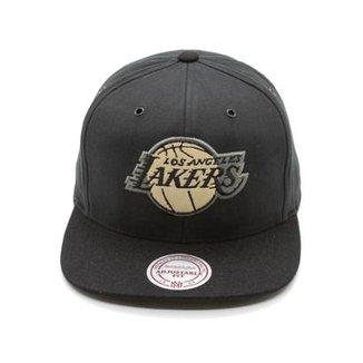 5ae87010ca243 Boné Mitchell   Ness Terrain NBA La Lakers Aba Reta