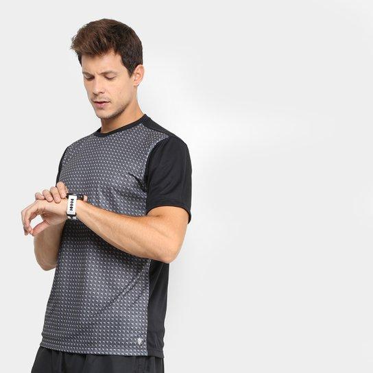 dbdbed4300 Camiseta GONEW Geométrica Masculina - Preto