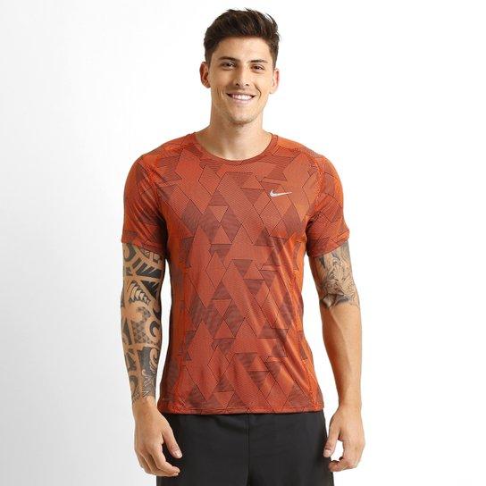 f79eb8d45f106 Camiseta Nike Dri-Fit Miler Warp - Compre Agora