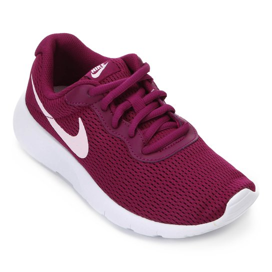 34594f607eb Tênis Infantil Nike Tanjun Masculino - Rosa e Branco - Compre Agora ...