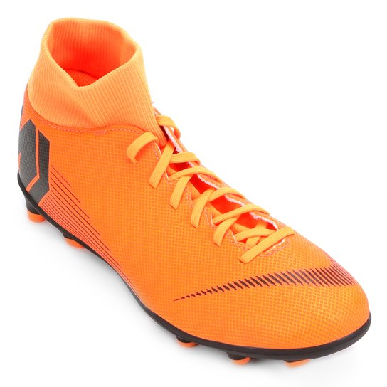 379d6a21bfc7a Chuteira Campo Nike Mercurial Superfly 6 Club - Laranja e Preto ...