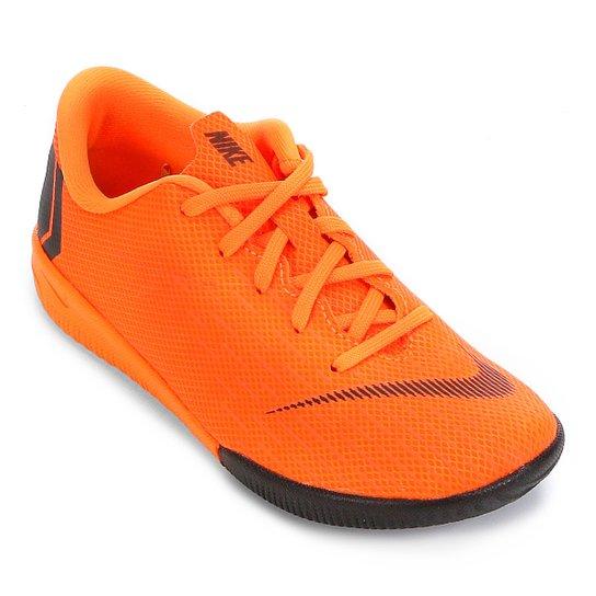 Chuteira Futsal Infantil Nike Mercurial Vapor 12 Academy - Laranja e ... 7279cc359c189