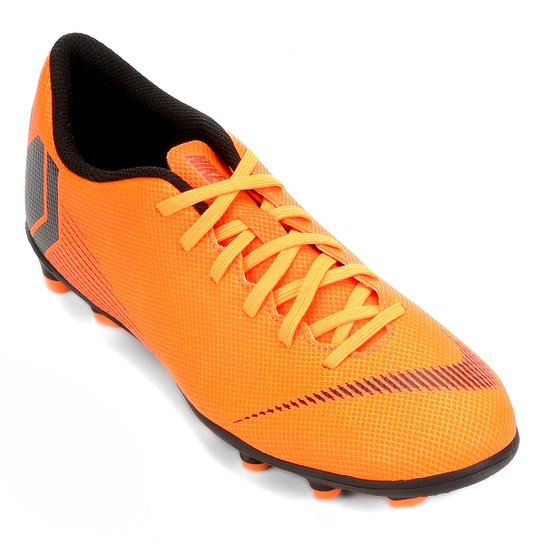 d07be58096 Chuteira Campo Nike Mercurial Vapor 12 Club - Laranja+Preto. Loading.