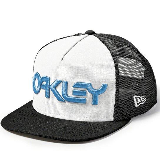 Boné Oakley Factory Pilot Trucker New Era Preto c - Compre Agora ... a3dafc690b3