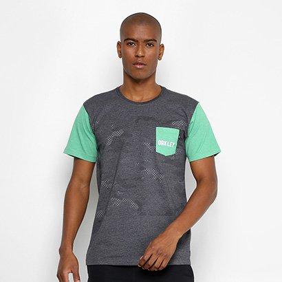 0a3bd0de69 Camiseta Oakley Especial Mod Highest Camo Block SP Masculina