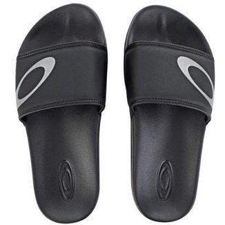 Compre Chinelo Oakley Masculino Online   Netshoes 7b4bc3c19b