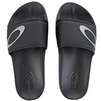 Compre Chinelo Oakley Masculino Online   Netshoes 7890210b25
