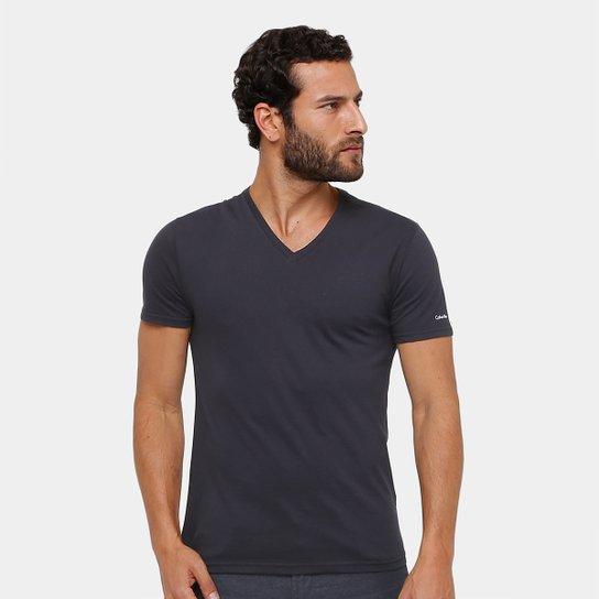 b747a1c248 Camiseta Calvin Klein Gola V Cavada Masculina - Preto