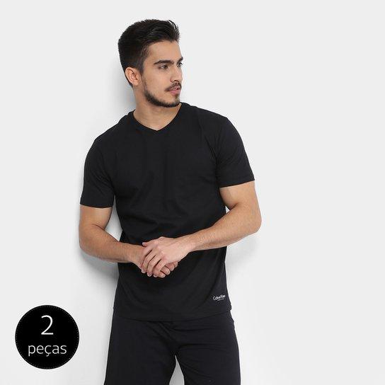 93607a58994d7 Kit de 2 Camisetas Calvin Klein Básicas Masculina - Compre Agora ...