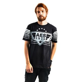 ba29be1344732 Camiseta AES 1975 Style Masculina. Conferir · Camiseta AES 1975 Style  Masculina · Confira · Camisa Polo Piquet Zaiden Style S1 Masculina