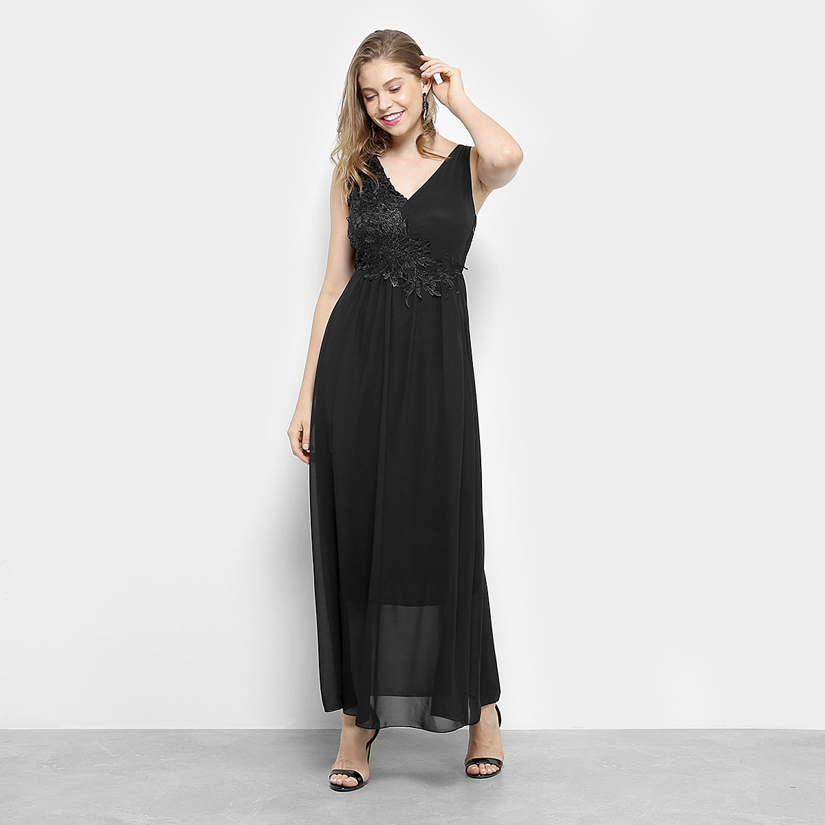 a224dc8b7b Vestido Lily Fashion Evasê Longo Renda Decote V Feminino. undefined