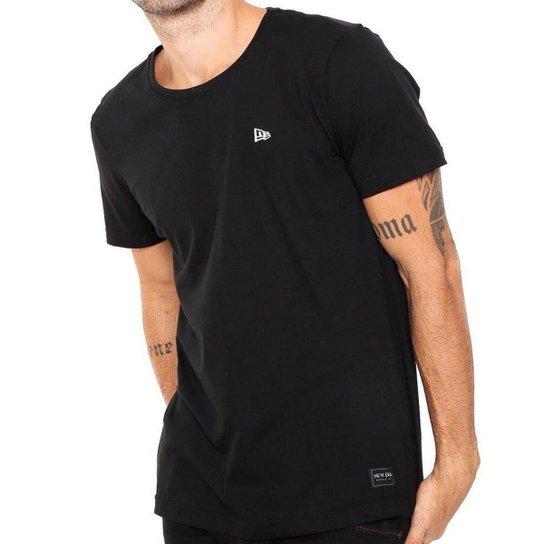 Camiseta New Era Basica NE Fast - Preto - Compre Agora  89705130652