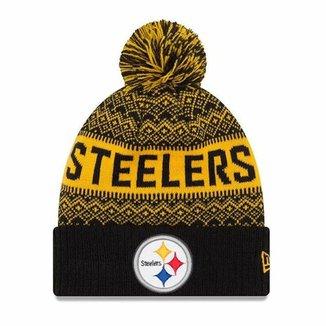 52b772b2a0a26 Gorro Touca Pittsburgh Steelers Wintry Pom New Era