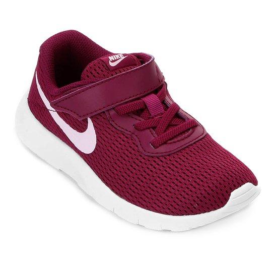 cfe538663ff Tênis Infantil Nike Tanjun Velcro - Rosa e Branco - Compre Agora ...