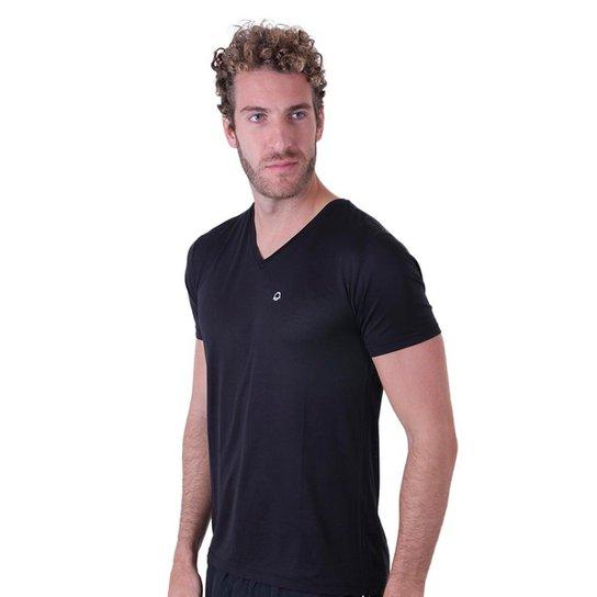 68c847e294 Camiseta Líquido Gola V New Fit Masculina - Preto