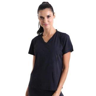 1f67a574bf Camiseta Liquido Gola V Uv+ Com Repelente - Feminina