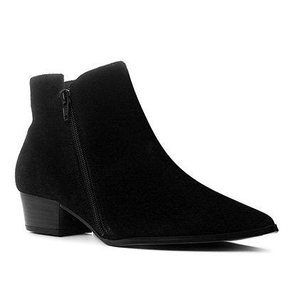 Bota Cano Curto Shoestock Bico Fino Camurção Feminina