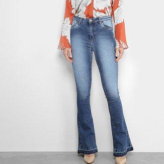 56d56b292e026 Calças Jeans Flare Mob Estonada Cintura Média Feminina