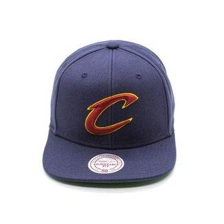 Boné Mitchell   Ness Lã Solid NBA Cleveland Cavaliers Snapback 8655746490e84