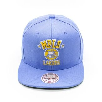 af3a54dee311d Boné Mitchell   Ness Solid NBA La Lakers Aba Reta