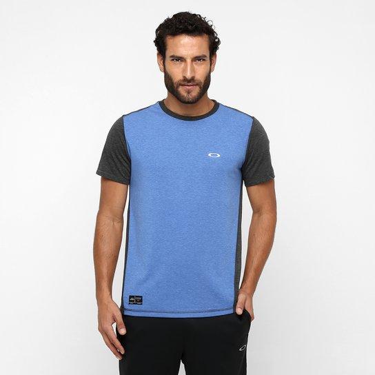 4daba1f5f9812 Camiseta Oakley Exposure Crew - Compre Agora