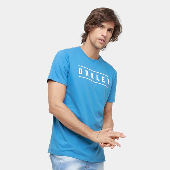 4269726bf Camiseta Oakley Mod Stencil Tee Masculina - Compre Agora