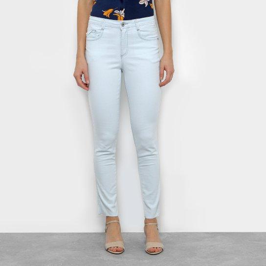 0f3516e40 Calça Jeans Skinny Maria Filó Delavê Pespontos Feminina - Azul Claro ...
