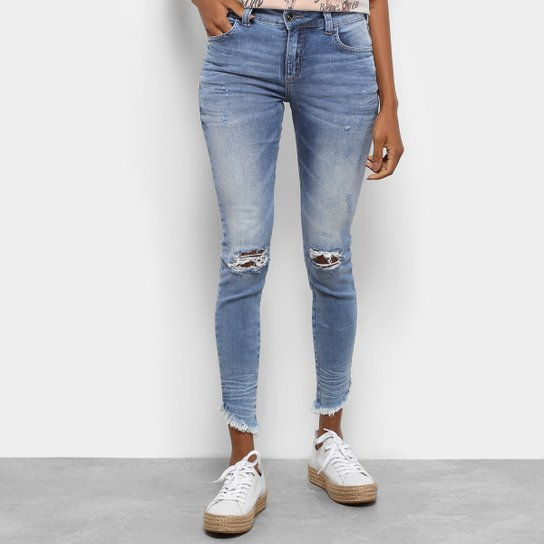 5f3c6886c Calça Jeans Colcci Fátima Cigarrete Feminina - Azul - Compre Agora ...