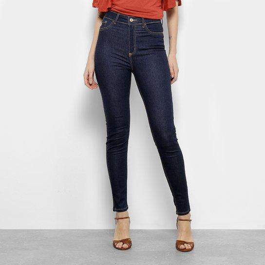 e2a7e0843b Calça Jeans Skinny Forum Cintura Alta Feminina - Compre Agora