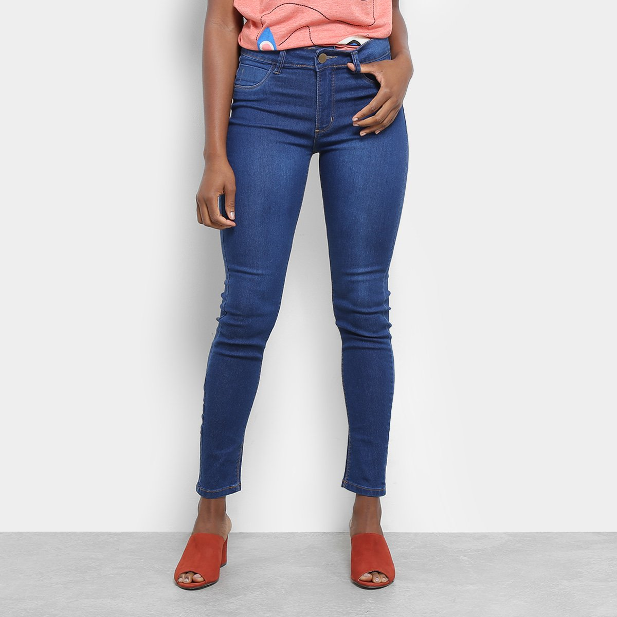 11dfee52a Calça Jeans Sawary Cigarrete Feminina