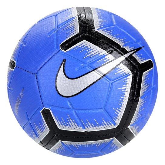 018c5c85cd Bola de Futebol Campo Strike Nike - Azul e Preto - Compre Agora ...