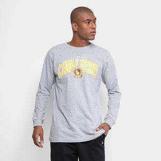 71888c933d512 Camiseta Mitchell   Ness NBA Cleveland Team Arch Manga Longa Masculina