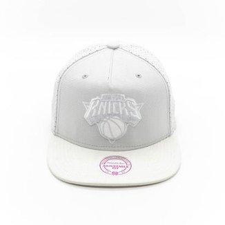 Boné Mitchell   Ness Zone NBA New York Knicks Aba Reta bf4758b8f04ce