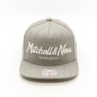 72ea69727a39d Boné Mitchell   Ness Pinscript Branded Nostalgia Aba Reta