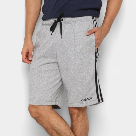 d3620ed68 Short Moletom Adidas Essentials 3-Stripes Masculino - Cinza - Compre ...