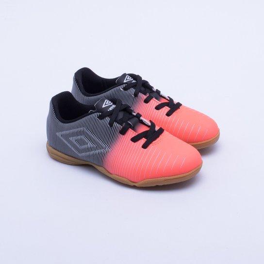 10d8112b44b56 Chuteira Futsal Umbro Vibe Jr Infantil 30 - Compre Agora