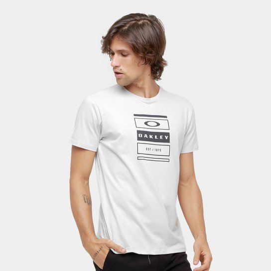 c11f351995cc7 Camiseta Oakley Mod Tri-Box Stack Tee Masculina - Compre Agora ...