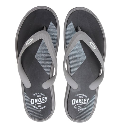 Chinelo Oakley Splash Print Masculino - Cinza - Compre Agora  7eb59f7d66bd3